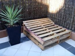 how to build a pallet day bed in 4 easy steps freckles fluff building frame day bed