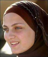 Resultado de imagen de arabes rubios con ojos azules