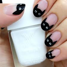 15 Black and White <b>Nail</b> Art Tutorials for Halloween - Brit + Co