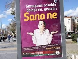 İzmir Karşıyaka Belediyesi'nden dikkat çeken 8 Mart afişi
