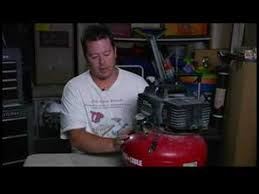 Home Repair Supplies : How to <b>Adjust</b> an <b>Air Compressor Regulator</b> ...