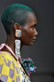 The Top 10 Accessories Trends of <b>Spring</b> 2019 | Искусство силуэта ...