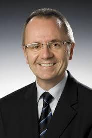 Der bisherige Leiter Public Relations bei Hella, <b>Ulrich Köster</b>, <b>...</b> - 178082