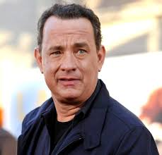 Larry Crowne Los Angeles Premiere - tom-hanks-premiere-larry-crowne-01