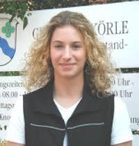 Miriam Eckert Auszubildende zur Verwaltungsfachangestellten Tel. 9498-0 meldeamt@koerle.de - me