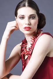 von Seraina Lutz - Mit dem Modeltraum kamen am Samstag 50 junge Frauen zum «Supermodel»- Casting. - natalie%2520g.%252018