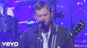 <b>Kings Of Leon</b> - Closer (Live on Letterman) - YouTube