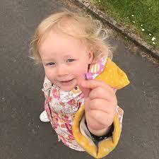 Mummy mummy show daddy <b>flower</b>!! . . #<b>baby</b> #<b>babies</b> #babygirl ...
