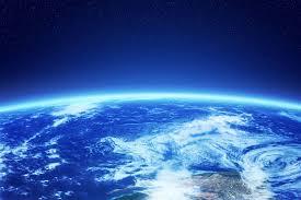 Космонавт назвал три самых популярных <b>мифа</b> о космосе ...