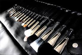 your makeup brushes middot how to clean bare minerals makeup brushes properly a brush kit