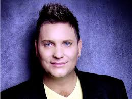 Kurt Darren is fluent in both Afrikaans and English. This can be largely attributed to his bilingual, upbringing whereby his father was Afrikaans while his ... - Kurt-Darren1