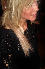 Jag går på frisörprogramet på john bauer gymnasiet. Häng med i min vardag. Shopping, Make up hud och hår. E-post: linnea_sjoholm@hotmail.com. Ort: Gävle - 40594