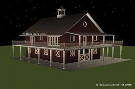 buildings living quarters barn