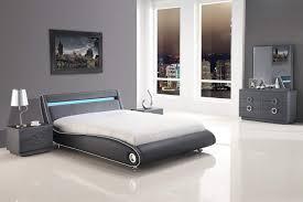 King Size Bedroom Sets Modern Bedroom Design Mesmerizing Kingsize Bedroom Set And Modern Tbale