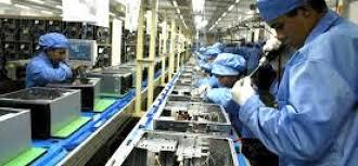 Image result for CNI: produção e emprego caem em 2016, mas reagem em relação a 2015