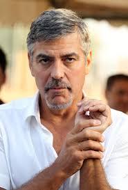 Auch Hollywoods-Vorzeige-Linker George Clooney ist den Wirkungen der stimulierenden Pflanze nicht abgeneigt. Darauf angesprochen, ob er sich eine politische ... - george-clooney-sued-sudan-polizeistation