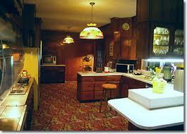 Elvis Presley    s Graceland   Elvis Presley BoulevardThe Graceland Kitchen
