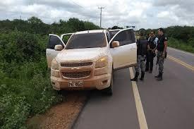 Resultado de imagem para Policia entra em ação e prende dois envolvidos no assalto ao banco de Ipubi-PE. Um é natural de Petrolina
