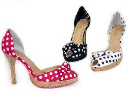 اروع موديلات احذية  , اروع احذية images?q=tbn:ANd9GcQrKc0hE2ttRNdc0xZuXUYJJXOpoUEVyzHioe-T1q2aaBRROWzT
