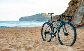 Ritchey Outback <b>Carbon</b> Break-Away <b>gravel</b> travel frameset review ...