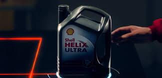 Моторные <b>масла Shell Helix</b>.