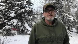 B.C. man drives stranded American family 1,700 kilometres to ...