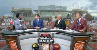 Iowa vs Iowa State: Best signs from ESPN