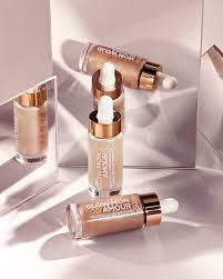 <b>Сияющая</b> кожа: обзор хайлайтеров <b>L'Oréal Paris</b>