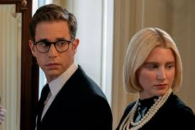 """Here's Why the """"<b>Teen</b>"""" <b>Cast</b> of 'The Politician' Looks So Old 