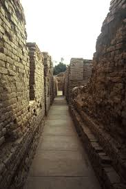 the streets of mohenjo daro 5 narrow streets dk g area