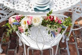 day orchid decor: go beyond the bouquet metnick white lattice chair go beyond the bouquet