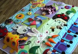 Как сделать детский <b>развивающий коврик</b> своими руками из ...