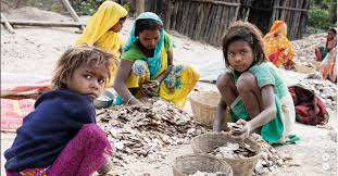<b>Beauty</b> and a <b>Beast</b>: child labour in Mica mines - SOMO