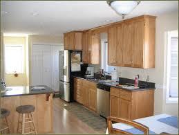 maple cabinets kitchen best kitchen paint colors with wood cabinets best kitchen paint