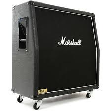 <b>Marshall 1960A</b> Lead schräg « <b>Кабинет гитарный</b>