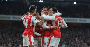 Manchester United target Arsenal duo Mesut Ozil and Alex Oxlade ...