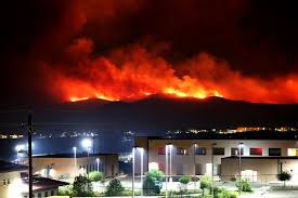 u s department of defense photo essay the tomahawk wildfire inches closer to buildings on marine corps base camp pendleton calif