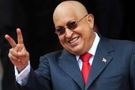 """Dice el periodista Iñaki Gabilondo, que todo en torno a Hugo Chávez fue, ha sido y será """"extremo"""". Personalmente, prefiero pensar que el fruto de lo extremo ... - Hugo-Chavez_200074k"""