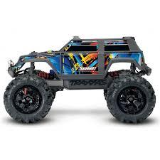 Радиоуправляемый <b>TRAXXAS</b> Summit 1/16 4WD + <b>светотехника</b>