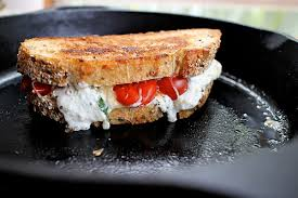 """Képtalálat a következőre: """"szendvics grillezett pulykával sajttal"""""""