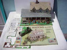 images about Up on Walton    s mountain on Pinterest   Ellen    VINTAGE AMSCO THE WALTONS FAMILY PLAYSET DOLL FARM House Lorimar Not Mego