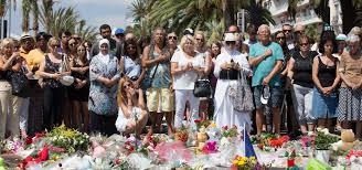 Attentat de Nice : la Prom à l'heure de l'hommage