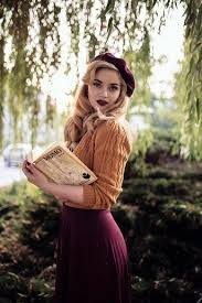 19 <b>Women</b> With <b>Vintage Style</b> You'll Want to Follow on Instagram ...