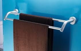 Полотенцедержатель в ванную: как выбрать и самостоятельно ...
