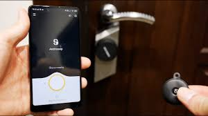 <b>Умный</b> дом. Накладка <b>Xiaomi Sherlock</b> S2 на дверной <b>замок</b> ...