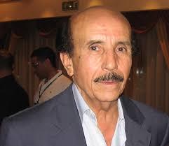 envoyer un mail à Ahmed Rachedi. Né en 1938 à Tebessa en Algérie. Il reçoit sa formation professionnelle dans la section cinématographique du FLN, à Tunis. - achmed_rachedi