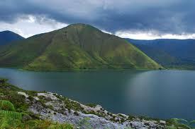 Tempat Wisata: Danau Terindah Di Indonesia