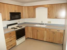 limed oak kitchen units: oak slab door kitchen cabinets modern kitchen with slab cabinet doors photo credit getty ilo