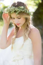 A Sunshine State Of Mind | Floral crown, <b>Flowers in hair</b>, Bridal beauty