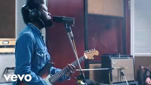 Michael Kiwanuka - Cold Little <b>Heart</b> (<b>Live</b> Session) - YouTube